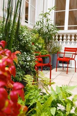 Fontaine pour balcon great petit bassin pour jardin - Les jardins de la marjolaine bordeaux ...