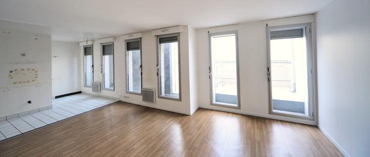 courtier en travaux lors d 39 un chantier bordeaux. Black Bedroom Furniture Sets. Home Design Ideas