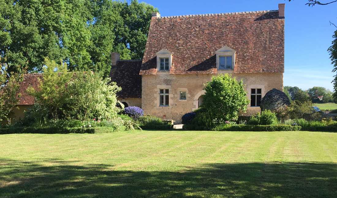 Garden of a 16th century house in Gironde