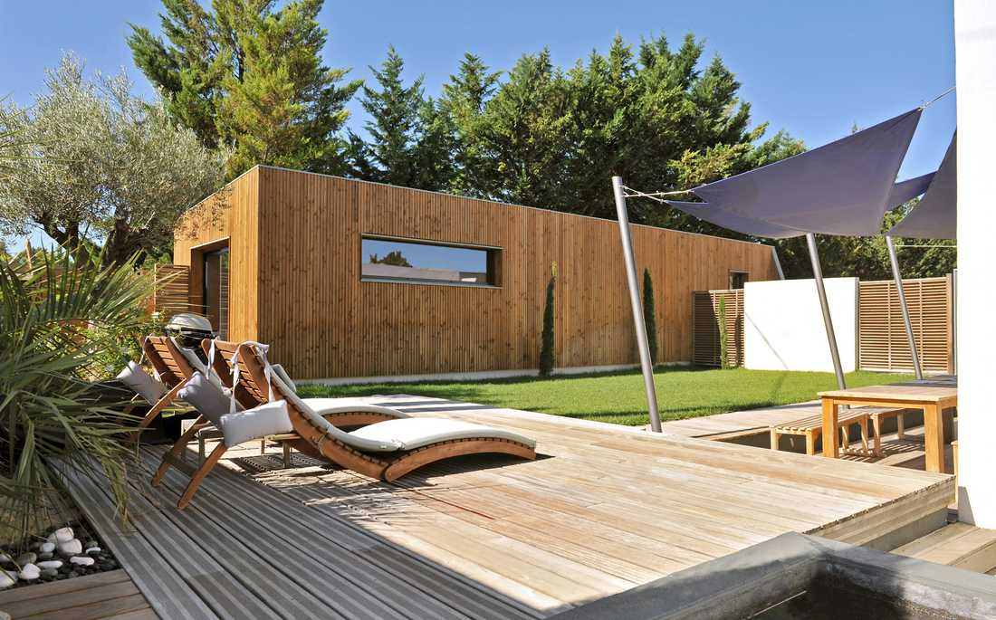 Construction of a wooden showroom in Gironde